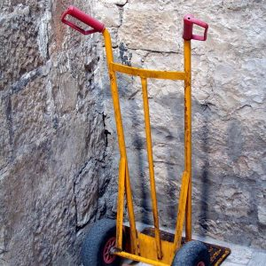 Wheelbarrow & Hand Trucks